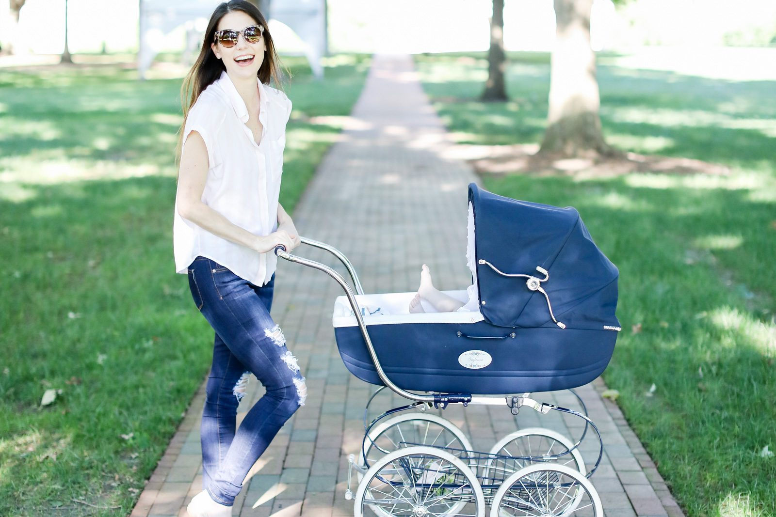 What's in Your Stroller? | My Favorite Stroller and Accessories
